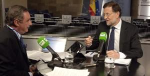 RAJOY DURANTE LA ENTREVISTA CON CARLOS HERRERA
